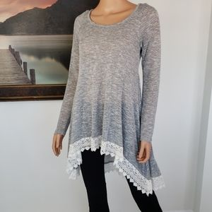 ANTHROPOLOGIE🦄 VIOLA Lace Trim Tunic Sweater Med